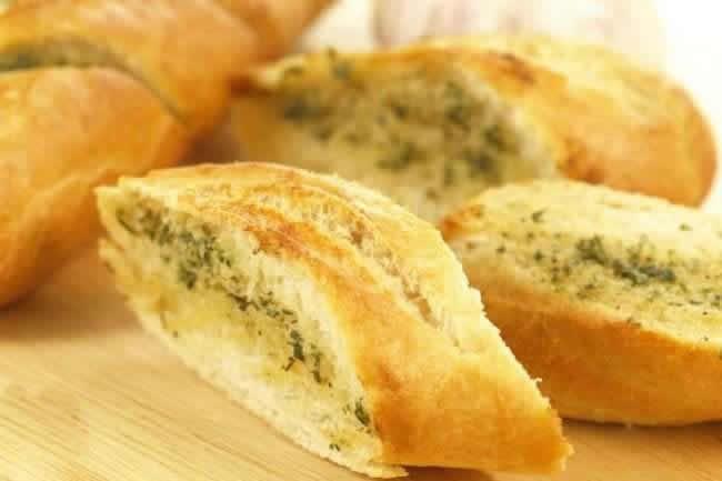 Fesleğenli Ekmek